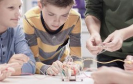 Desarrollo de la creatividad y adaptabilidad en el ámbito escolar, como factor esencial e inherente al aprendizaje real.