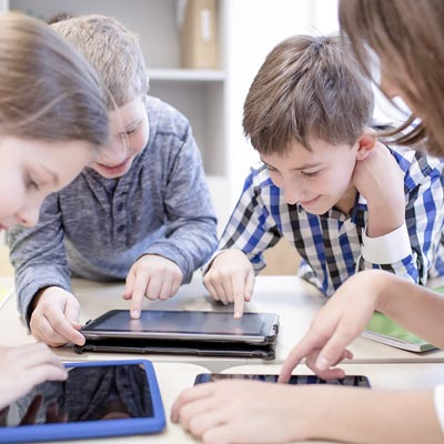 Bring your on device (byod). Mlearning y formatos de aprendizaje digital y blended en los centros Educativos